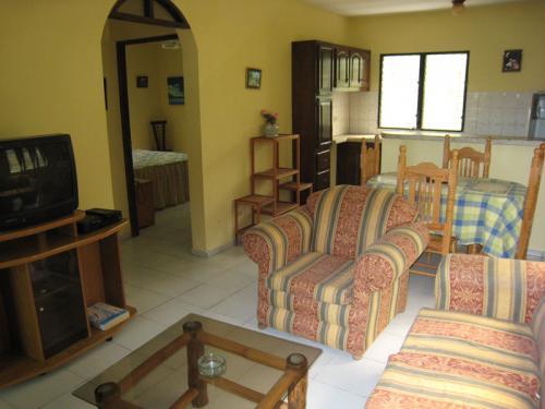 апартаменты со спальней комнатой