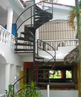 два этажа